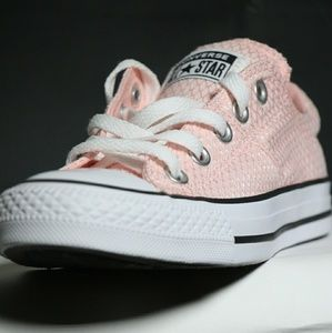 Converse Light Pink All Star Chuck Taylor Low Top